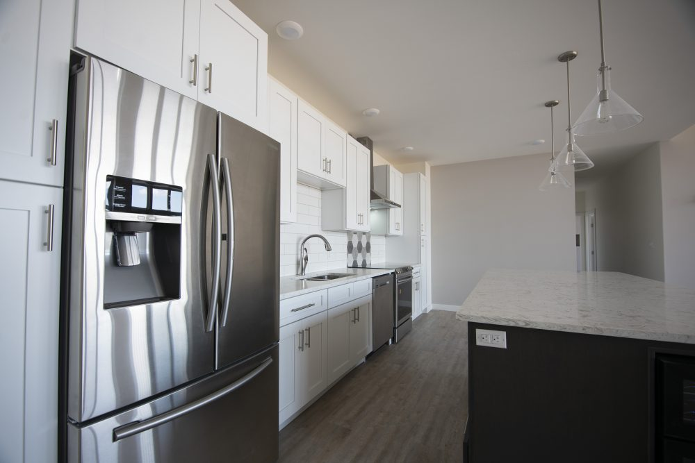 Thunder Bay Condo Kitchen